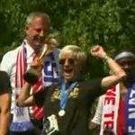 US女子サッカーチームパレード